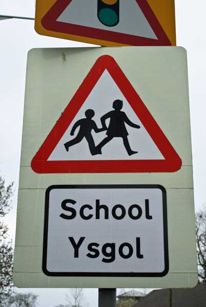 Welsh School Crossing Sign Free Early Years Amp Primary